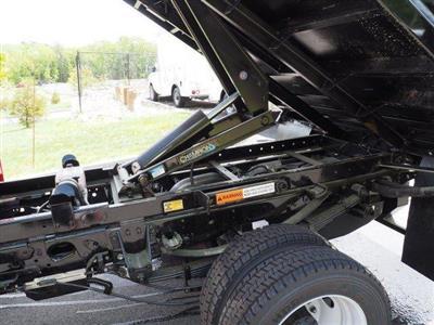 2019 F-550 Regular Cab DRW 4x4, Iroquois Brave Series Steel Dump Body #N7848 - photo 6