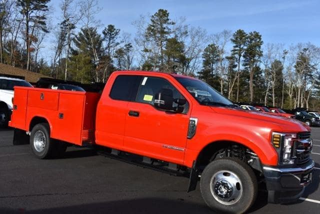 2019 F-350 Super Cab DRW 4x4,  Reading Classic II Aluminum  Service Body #N7982 - photo 3