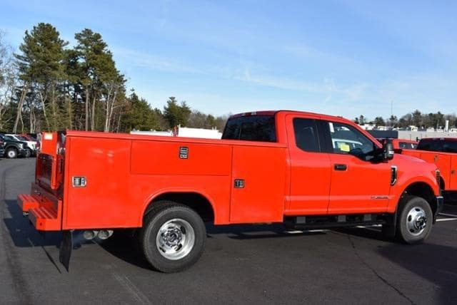 2019 F-350 Super Cab DRW 4x4,  Reading Service Body #N7982 - photo 1