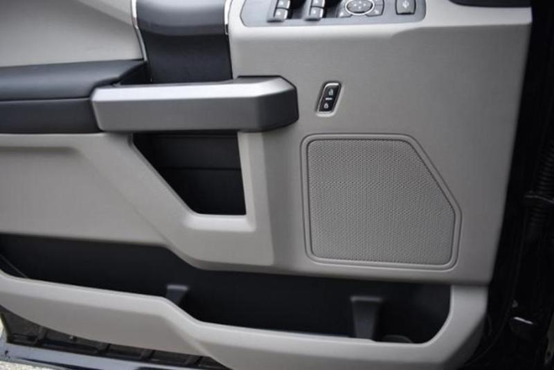 2019 F-350 Super Cab DRW 4x4, Reading Classic II Aluminum  Service Body #N8021 - photo 18