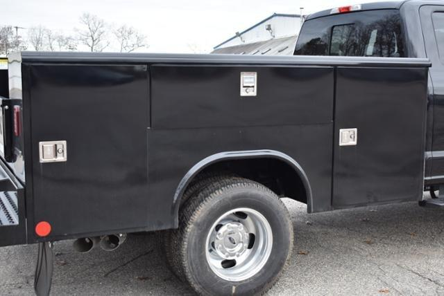 2019 F-350 Super Cab DRW 4x4,  Reading Service Body #N8021 - photo 7