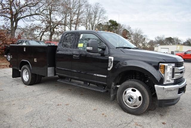 2019 F-350 Super Cab DRW 4x4,  Reading Classic II Aluminum  Service Body #N8021 - photo 3