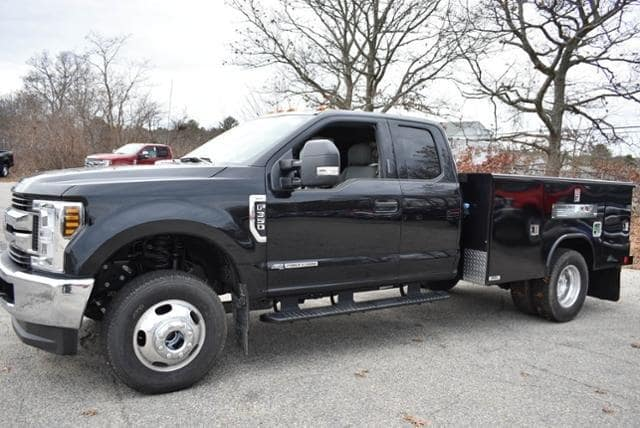 2019 F-350 Super Cab DRW 4x4,  Reading Classic II Aluminum  Service Body #N8021 - photo 5