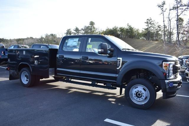2019 F-450 Crew Cab DRW 4x4,  Reading Service Body #N8022 - photo 3