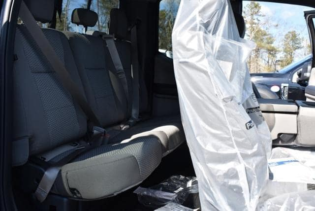 2019 F-350 Super Cab DRW 4x4, Reading Classic II Aluminum  Service Body #N8031 - photo 12