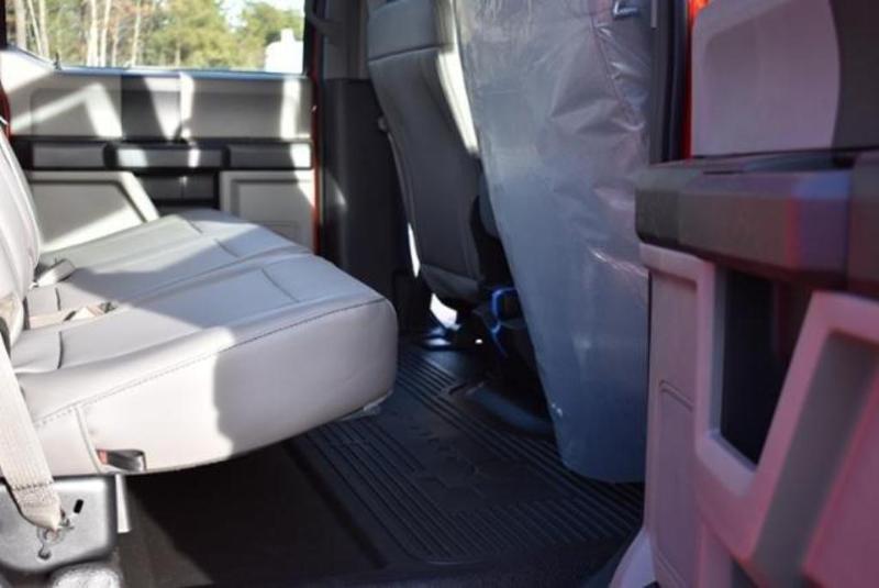 2019 F-450 Crew Cab DRW 4x4,  Reading Classic II Aluminum  Service Body #N8032 - photo 31