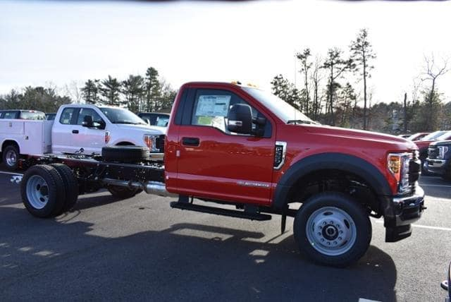2019 F-550 Regular Cab DRW 4x4, Cab Chassis #N8072 - photo 3