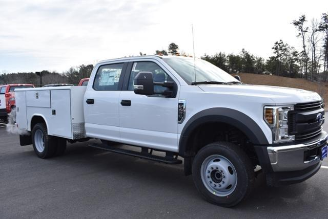2019 F-450 Crew Cab DRW 4x4,  Reading Classic II Aluminum  Service Body #N8126 - photo 2