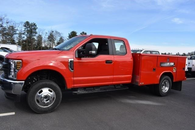 2019 Ford F-350 Super Cab DRW 4x4, Reading Classic II Steel Service Body #N8128 - photo 5