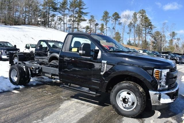 2019 F-350 Regular Cab DRW 4x2, Cab Chassis #N8142 - photo 3