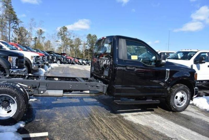 2019 F-350 Regular Cab DRW 4x2, Cab Chassis #N8142 - photo 2