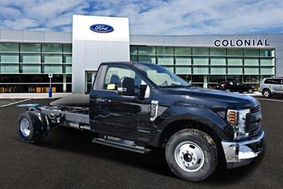 2019 Ford F-350 Regular Cab DRW RWD, Cab Chassis #N8142 - photo 1