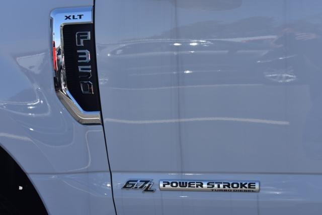 2019 F-350 Super Cab DRW 4x4,  Reading SL Service Body #N8164 - photo 5
