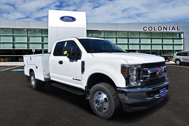 2019 F-350 Super Cab DRW 4x4,  Reading Service Body #N8164 - photo 1