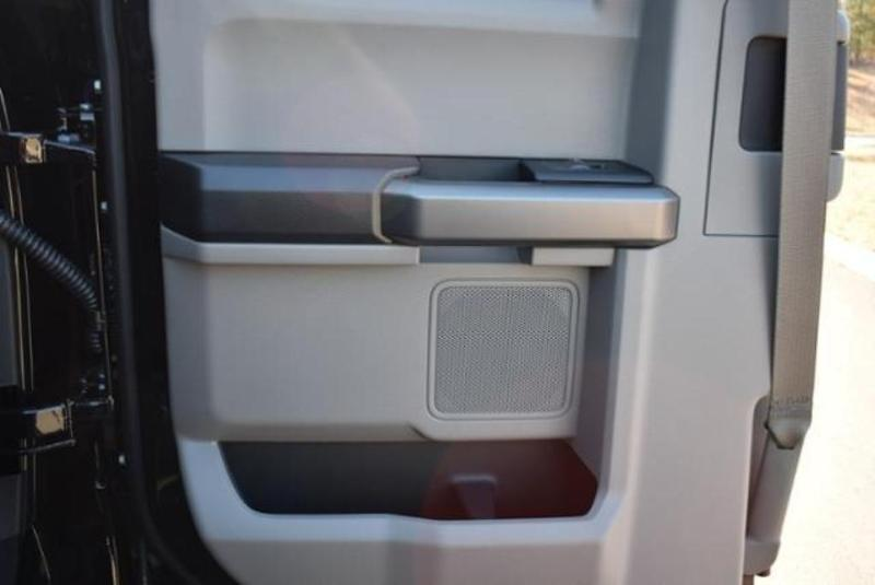2019 F-550 Super Cab DRW 4x4,  Reading Classic II Aluminum  Service Body #N8188 - photo 24