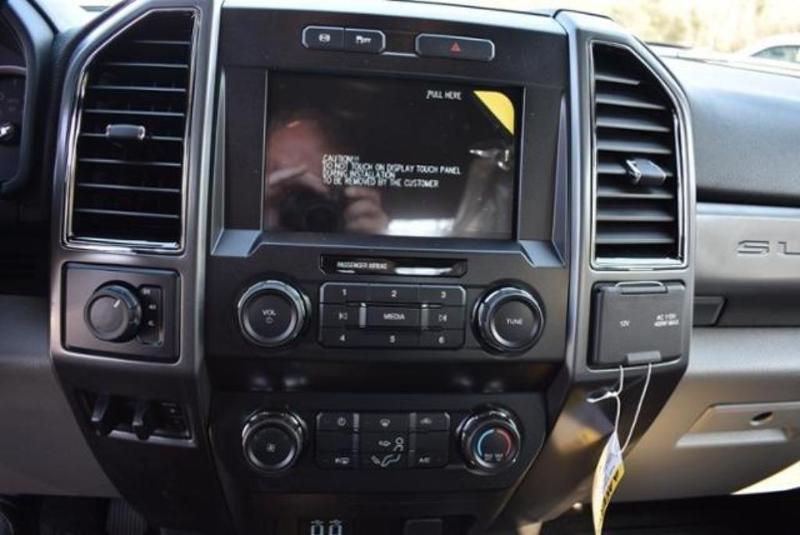 2019 F-550 Super Cab DRW 4x4,  Reading Classic II Aluminum  Service Body #N8188 - photo 28