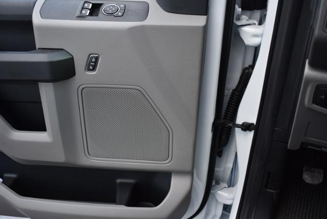 2019 F-550 Regular Cab DRW 4x4,  Dejana Truck & Utility Equipment DuraCube Max Service Body #N8191 - photo 17