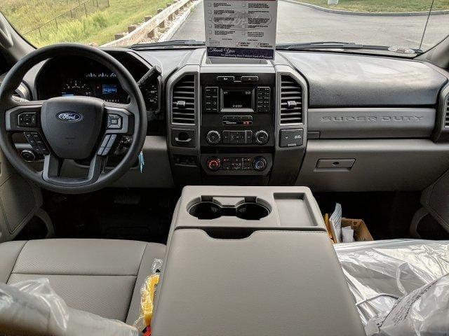 2019 F-550 Crew Cab DRW 4x4, Air-Flo Pro-Class Dump Body #N8243 - photo 3