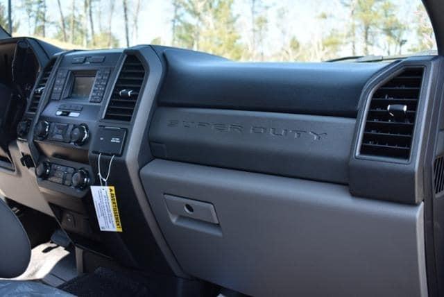 2019 F-350 Super Cab DRW 4x4,  Reading Classic II Aluminum  Service Body #N8251 - photo 12