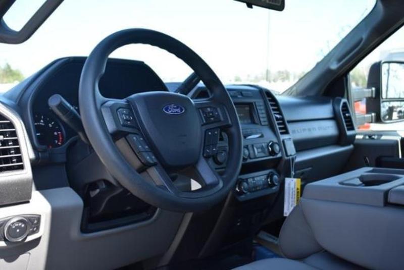 2019 F-350 Super Cab DRW 4x4,  Reading Classic II Aluminum  Service Body #N8251 - photo 28