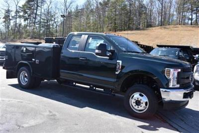 2019 F-350 Super Cab DRW 4x4, Reading Classic II Aluminum  Service Body #N8251 - photo 3