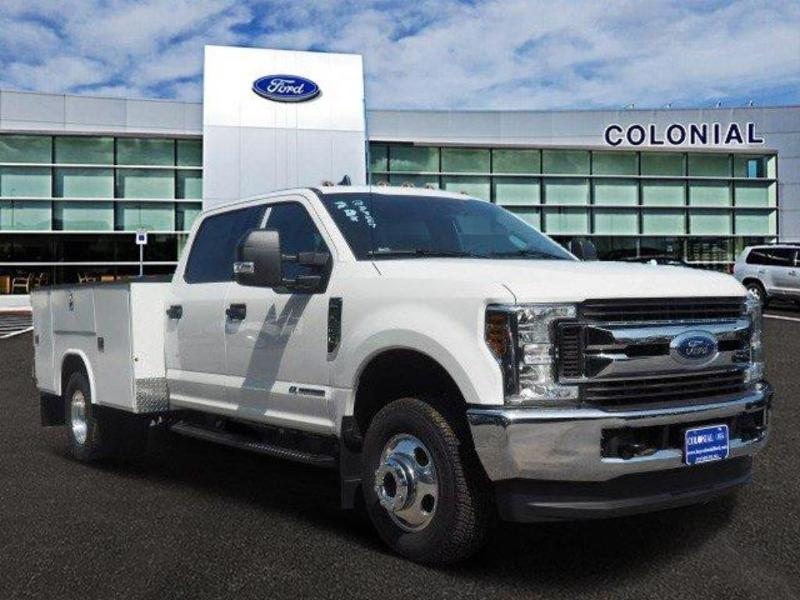 2019 F-350 Crew Cab DRW 4x4, Reading Service Body #N8268 - photo 1