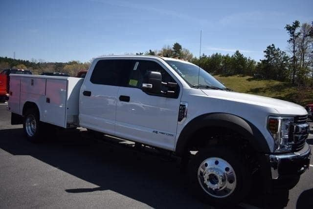 2019 F-450 Crew Cab DRW 4x4, Reading Service Body #N8270 - photo 1