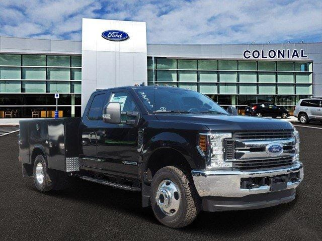 2019 F-350 Super Cab DRW 4x4, Reading Classic II Aluminum  Service Body #N8274 - photo 1