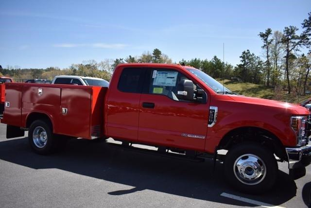 2019 F-350 Super Cab DRW 4x4,  Reading Service Body #N8276 - photo 1