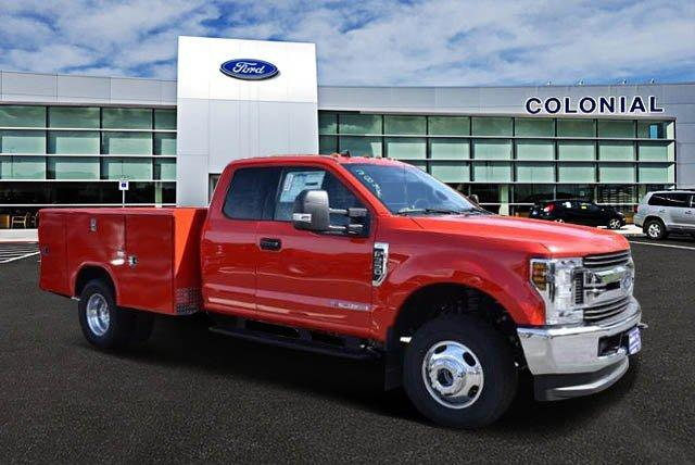 2019 F-350 Super Cab DRW 4x4,  Reading Service Body #N8277 - photo 1