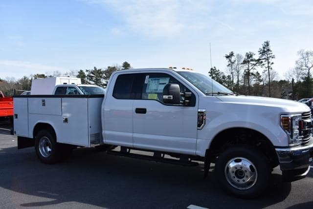 2019 F-350 Super Cab DRW 4x4,  Reading Classic II Aluminum  Service Body #N8278 - photo 3