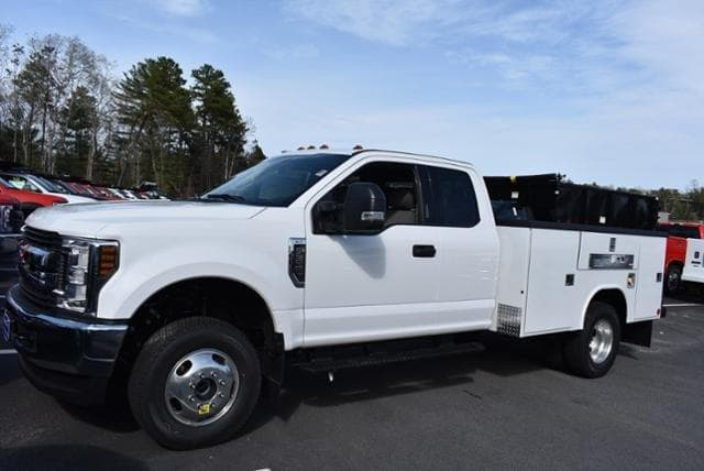 2019 F-350 Super Cab DRW 4x4,  Reading Classic II Aluminum  Service Body #N8278 - photo 5
