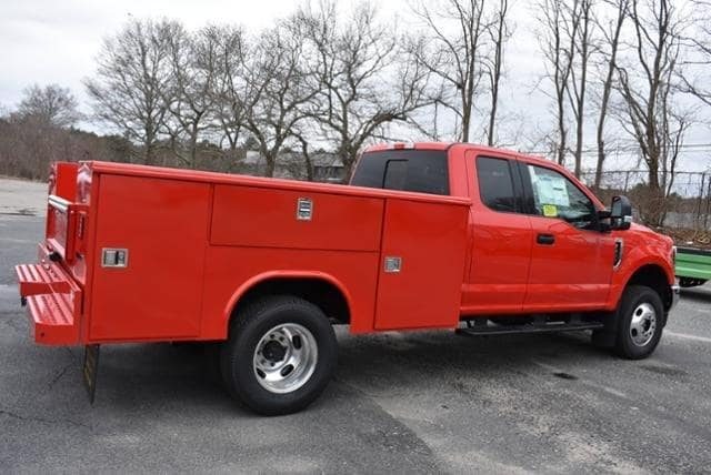 2019 F-350 Super Cab DRW 4x4,  Reading Classic II Aluminum  Service Body #N8280 - photo 2