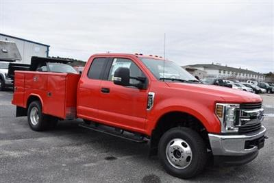 2019 F-350 Super Cab DRW 4x4,  Reading Classic II Aluminum  Service Body #N8280 - photo 3