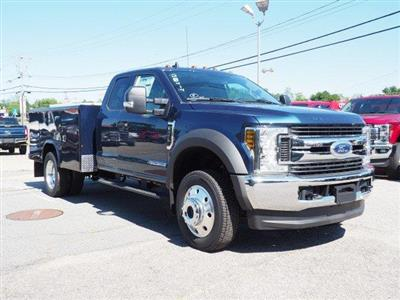 2019 Ford F-450 Super Cab DRW 4x4, Reading Classic II Aluminum  Service Body #N8336 - photo 3