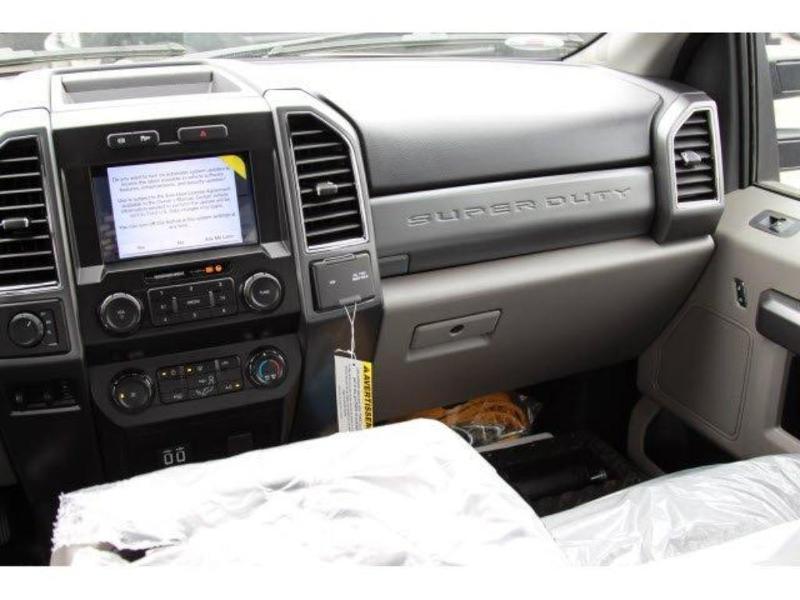2019 F-550 Super Cab DRW 4x4, Iroquois Brave Series Steel Dump Body #N8338 - photo 8