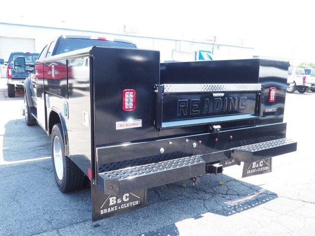 2019 F-550 Super Cab DRW 4x4,  Reading Classic II Aluminum  Service Body #N8339 - photo 2
