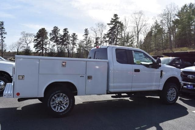 2019 F-350 Super Cab 4x4,  Reading Service Body #N8341 - photo 1