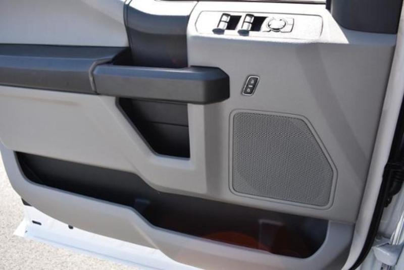 2019 F-350 Super Cab 4x4,  Reading Classic II Aluminum  Service Body #N8341 - photo 35