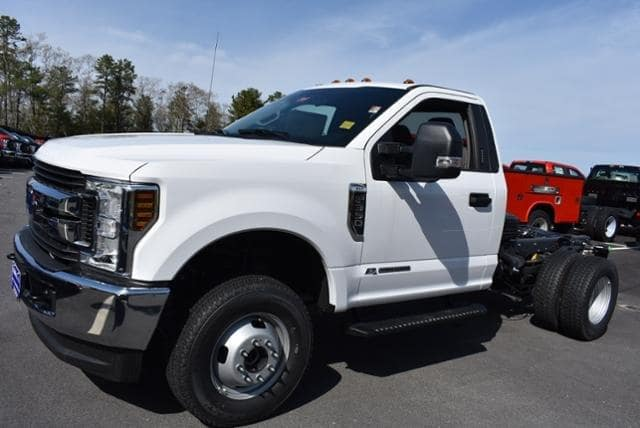 2019 F-350 Regular Cab DRW 4x4,  Cab Chassis #N8403 - photo 7