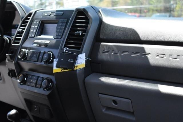 2019 F-550 Regular Cab DRW 4x4, Cab Chassis #N8418 - photo 8