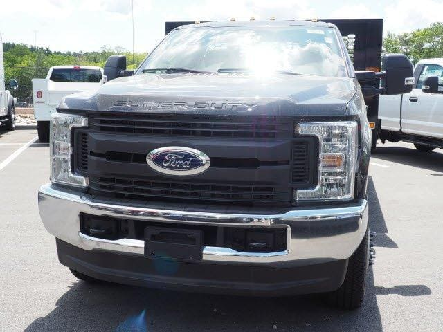 2019 F-350 Regular Cab DRW 4x4, Knapheide Value-Master X Platform Body #N8486 - photo 8