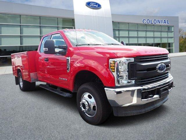 2019 Ford F-350 Super Cab DRW 4x4, Reading Classic II Aluminum  Service Body #N8528 - photo 1