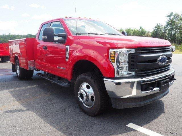 2019 Ford F-350 Super Cab DRW 4x4, Reading Classic II Aluminum  Service Body #N8528 - photo 3