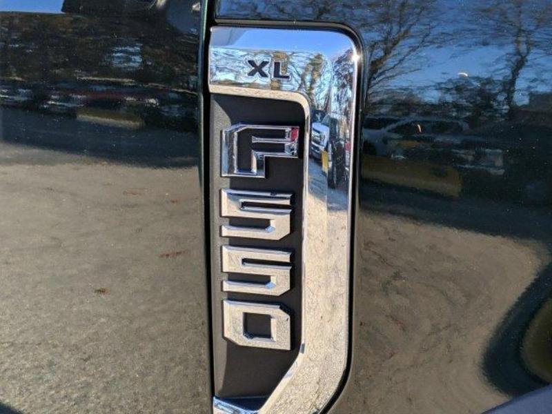2019 F-550 Regular Cab DRW 4x4, Iroquois Brave Series Steel Dump Body #N8538 - photo 5
