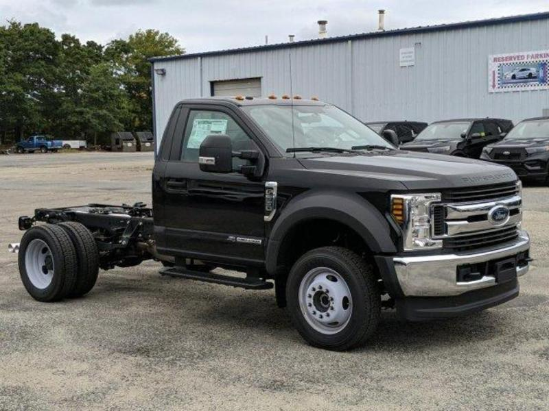 2019 F-550 Regular Cab DRW 4x4, Cab Chassis #N8627 - photo 3
