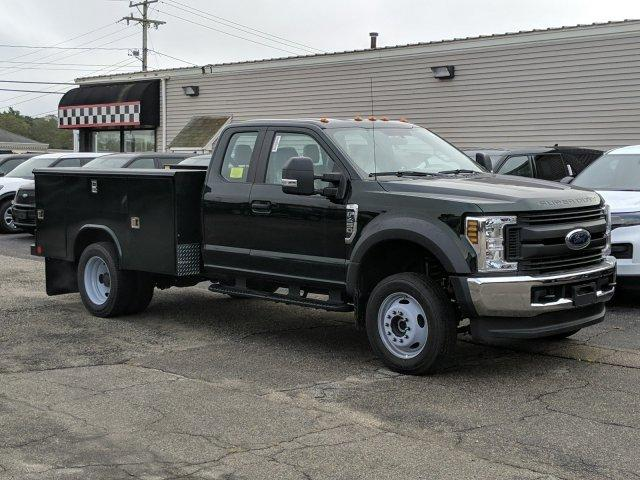 2019 F-450 Super Cab DRW 4x4, Reading Classic II Aluminum  Service Body #N8629 - photo 3