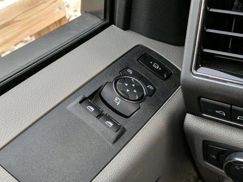 2019 F-550 Regular Cab DRW 4x4, Cab Chassis #N8640 - photo 17