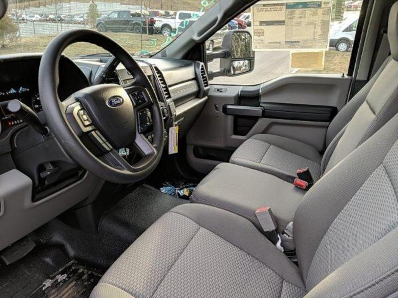 2019 F-550 Regular Cab DRW 4x4, Cab Chassis #N8640 - photo 18