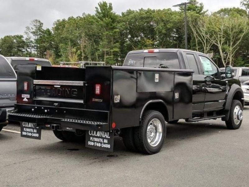 2019 F-450 Super Cab DRW 4x4, Reading Service Body #N8650 - photo 1